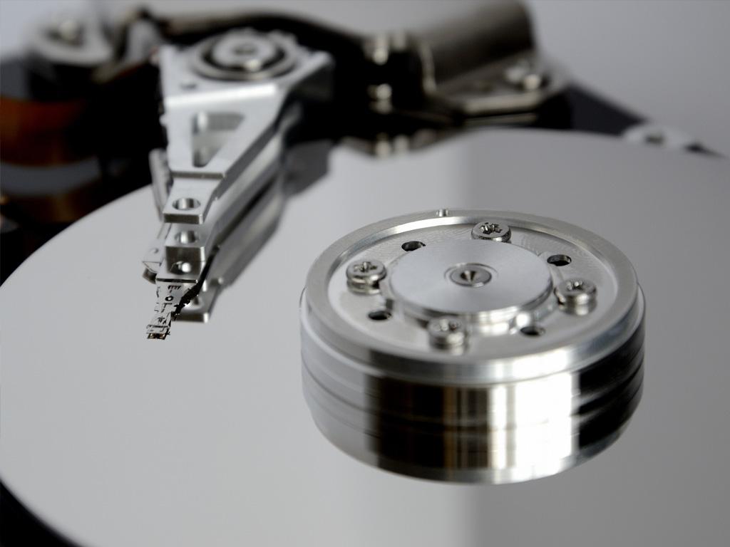 複数の記憶装置によりデータを保護します