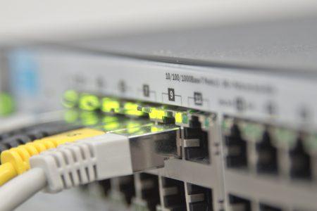 technology-web-internet-macro-blue-electricity-1089512-pxhere.com